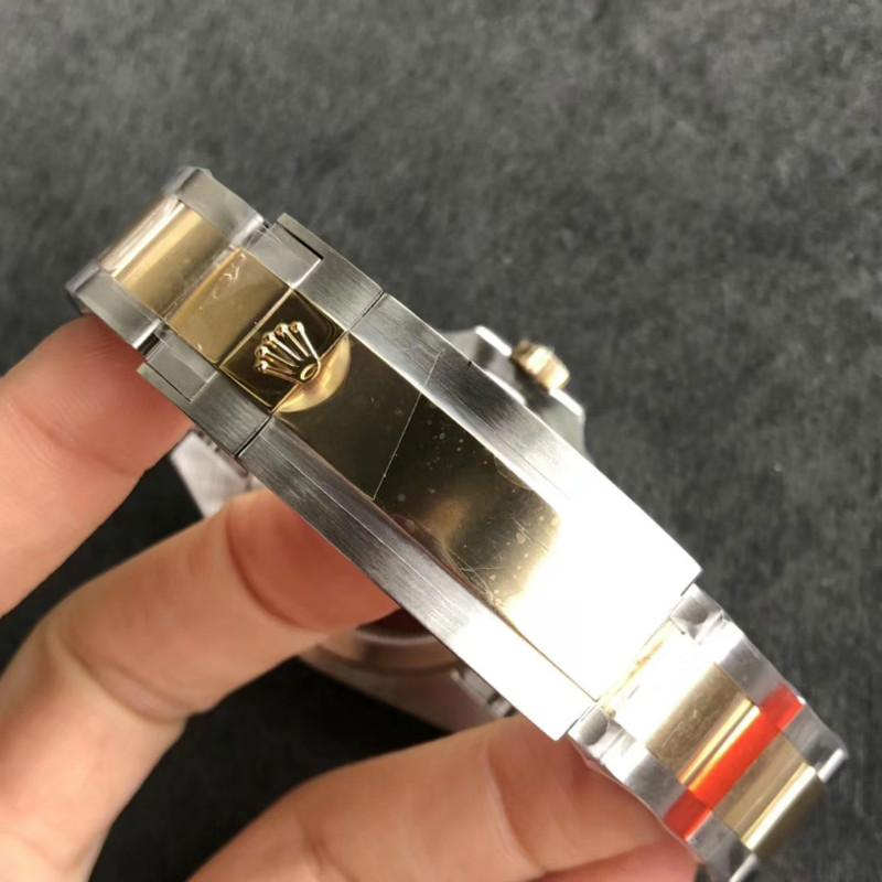 N厂V8版劳力士间金黑水鬼机芯质量怎么样-机芯稳定吗?