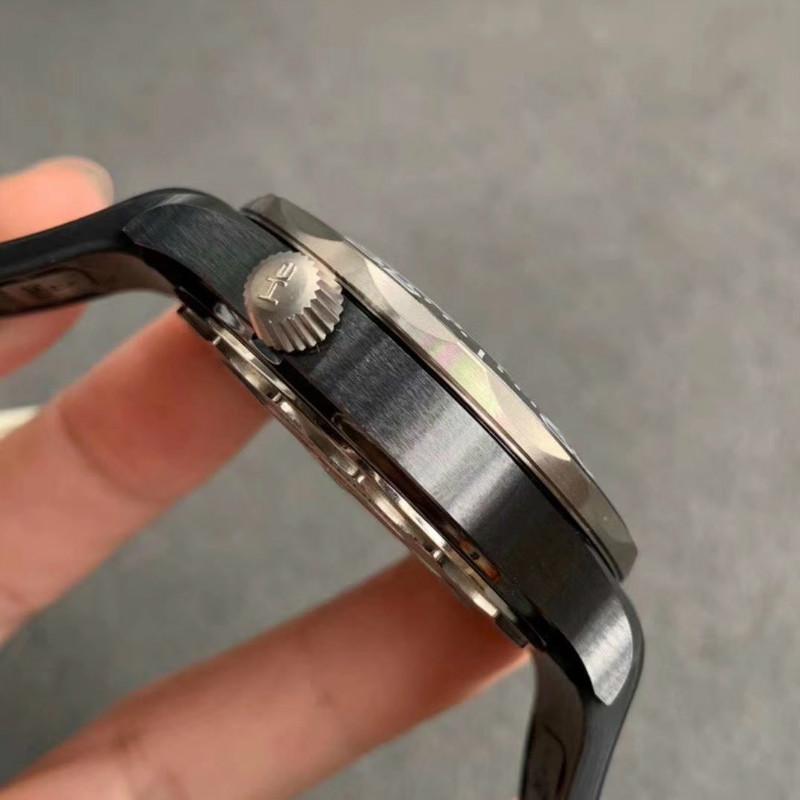 VS厂欧米茄海马300陶瓷钛金属对比,该怎么鉴别?