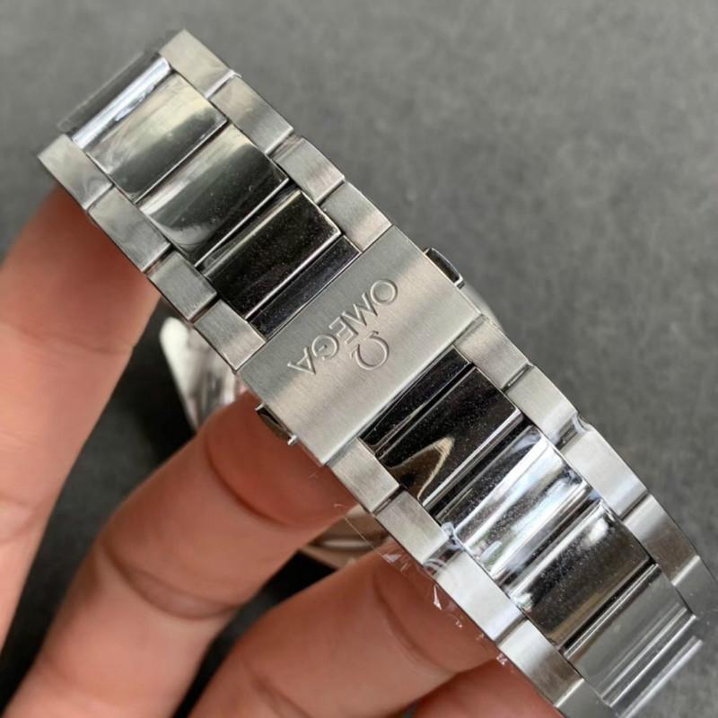 VS厂欧米茄海马150米AT8900对比正品评测!质量到底如何?